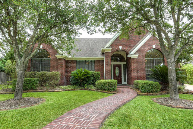 Featured Property in HOUSTON, TX, 77065