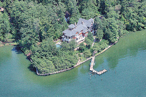 Resort / Waterfront for Sale at 91 York Road Irvington, Virginia 22480 United States