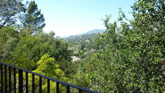 Single Family for Sale at 2601 Sleepy Hollow Glendale, California 91206 United States