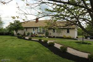 Featured Property in Branchburg, NJ 08853