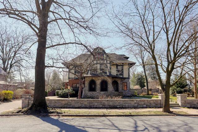 Single Family for Sale at 1056 Wheatland Avenue Lancaster, Pennsylvania 17603 United States