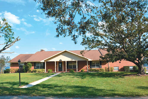 Single Family for Sale at 270 Lakeview Blvd Lake Alfred, Florida 33850 United States