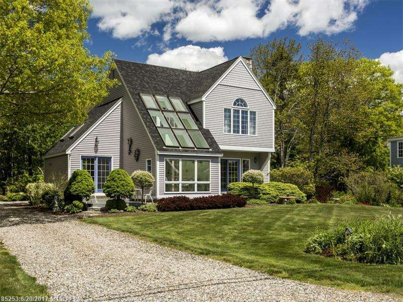 Single Family for Sale at 19 Great Hill Rd Kennebunk, Maine 04043 United States