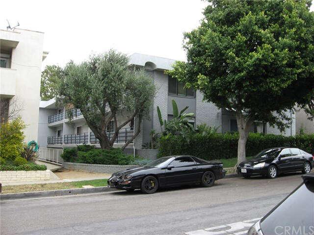 Condominium for Sale at 6616 Springpark Avenue #1 Los Angeles, California 90056 United States