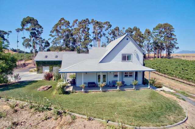 Single Family for Sale at 9820 Starr Road Windsor, California 95492 United States