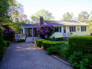 Featured Property in East Falmouth, MA 02536