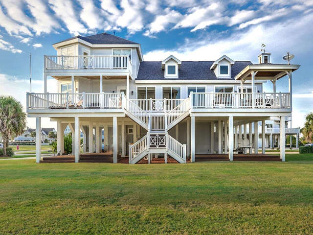 Single Family for Sale at 4207 Swashbuckle Galveston, Texas 77554 United States