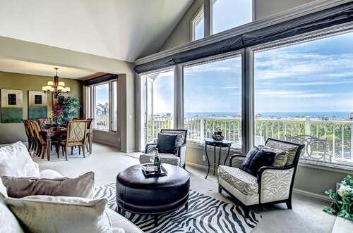 Condominium for Sale at 34300 Lantern Bay Drive #89 Dana Point, California 92629 United States
