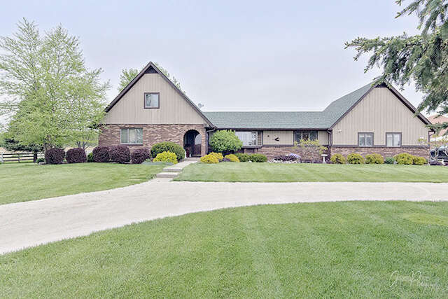 Single Family for Sale at 6406 Schultz Road Harvard, Illinois 60033 United States