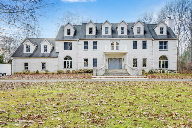 Single Family for Sale at 212 School Road East Marlboro, New Jersey 07746 United States