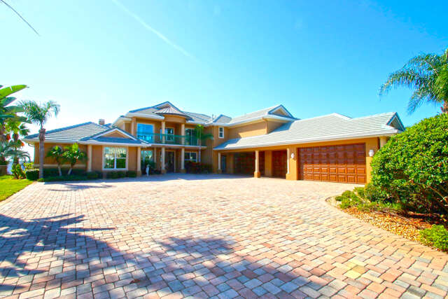 Single Family for Sale at 2638 S Peninsula Drive Daytona Beach Shores, Florida 32118 United States