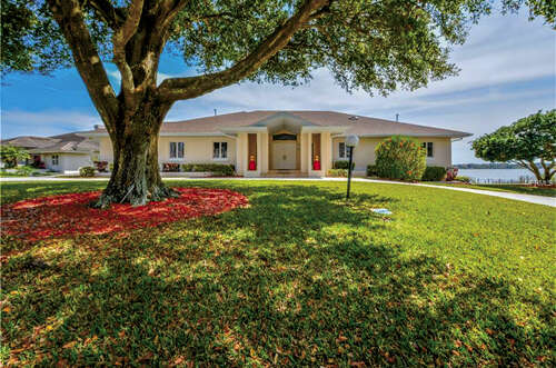Featured Property in WINTER HAVEN, FL, 33881
