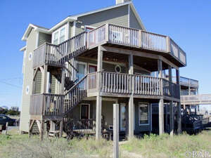Featured Property in Rodanthe, NC 27968