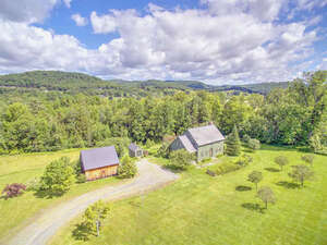Featured Property in Pomfret, VT 05053