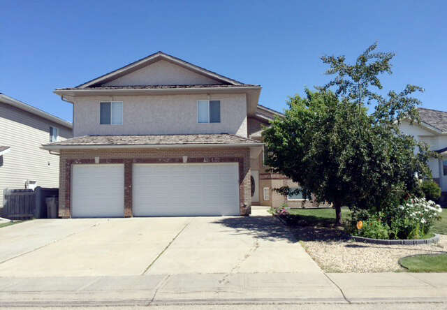 Featured Property in GRANDE PRAIRIE, AB, T8X 1N3