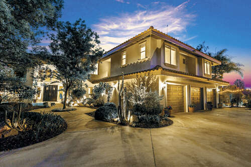 Single Family for Sale at 1923 Middle Creek Road Riverside, California 92506 United States