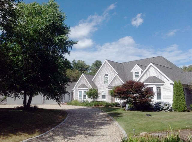 Single Family for Sale at 121 Peppercorn Lane Cotuit, Massachusetts 02635 United States