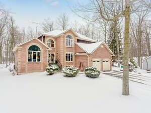 Featured Property in Halton Hills, ON L0P 1H0