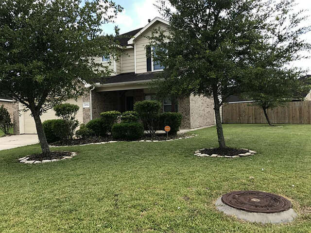 Real Estate for Sale, ListingId:46723833, location: 12902 Trail Hollow Court Pearland 77584