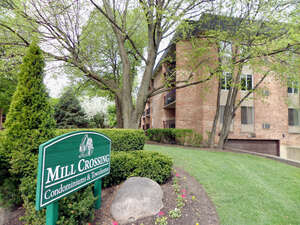 Featured Property in Naperville, IL 60563