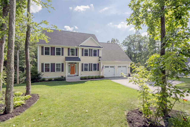 Single Family for Sale at 6 Point Of Rocks Terrace Stratham, New Hampshire 03885 United States