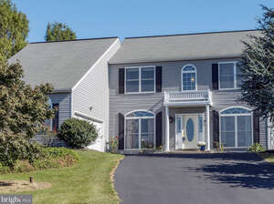 Featured Property in New Holland, PA 17557