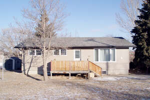 Featured Property in Moose Jaw, SK S6H 4W4