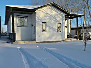 Featured Property in Clairmont, AB T0H 0W6