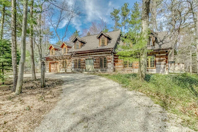 Real Estate for Sale, ListingId:45145991, location: 10388 Maplewood Ave Grand Bend