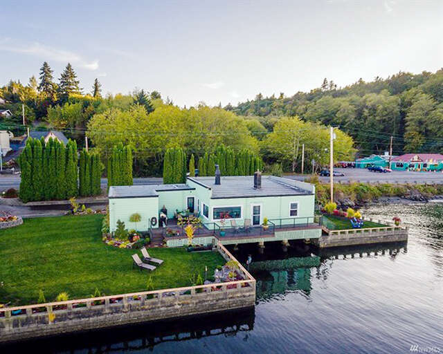 Single Family for Sale at 619 SW Bay St Port Orchard, Washington 98366 United States