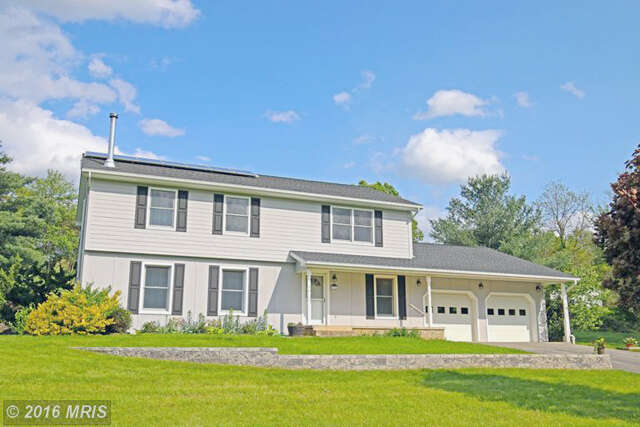 Featured Property in MARTINSBURG, WV, 25403