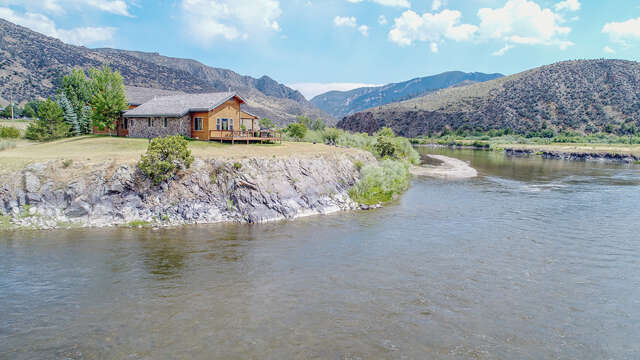 Single Family for Sale at 958 Mt Hwy 2 E Cardwell, Montana 59721 United States