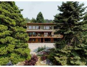 Featured Property in Sechelt, BC V0N 3A2