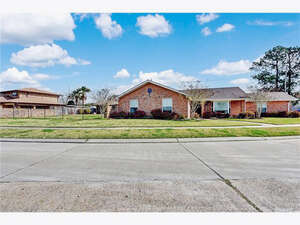 Real Estate for Sale, ListingId: 43185606, Chalmette, LA  70043
