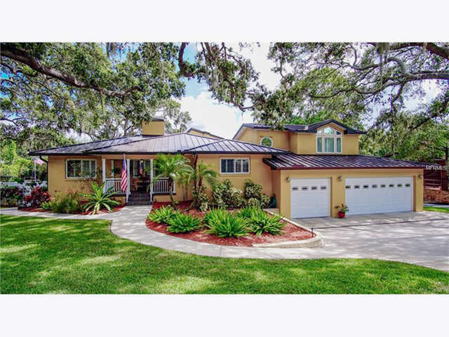 Single Family for Sale at 308 Roebling Road N Belleair, Florida 33756 United States