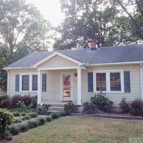 Real Estate for Sale, ListingId:41222336, location: 1229 10TH ST NE Hickory 28601