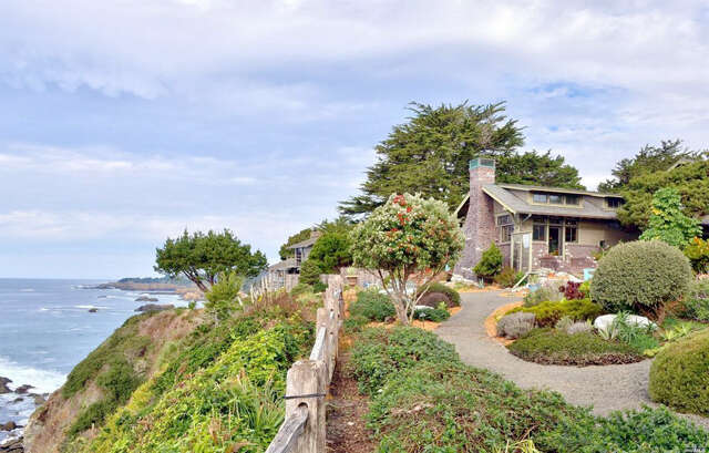 Single Family for Sale at 11050 Lansing Street Mendocino, California 95460 United States