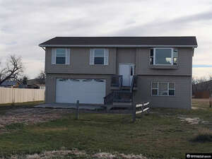 Featured Property in Kaycee, WY 82639