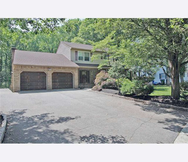 Single Family for Sale at 53 Hillsdale Road Edison, New Jersey 08820 United States