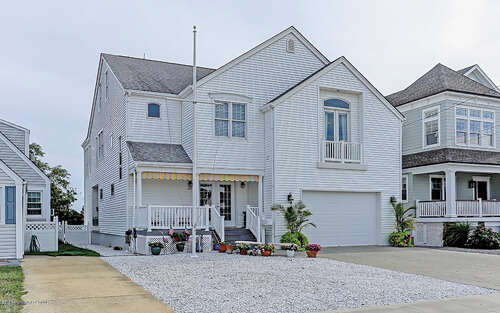 Single Family for Sale at 202 Washington Avenue Point Pleasant Beach, New Jersey 08742 United States