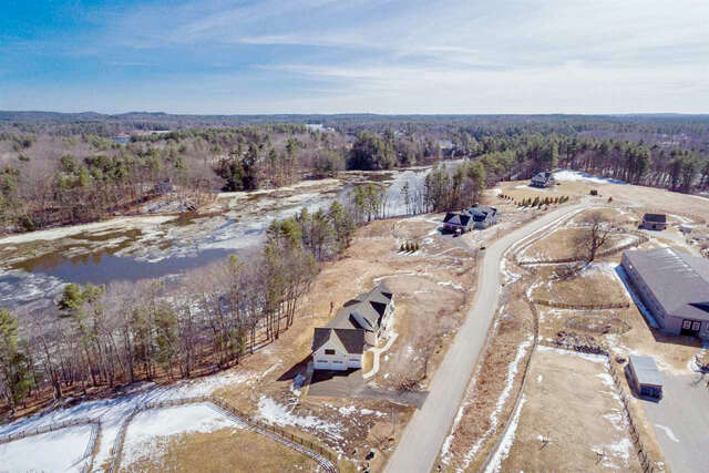 Single Family for Sale at 44 Saddle Trail Drive Dover, New Hampshire 03820 United States