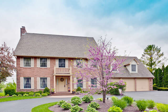 Single Family for Sale at 2916 North Bayview Lane McHenry, Illinois 60051 United States