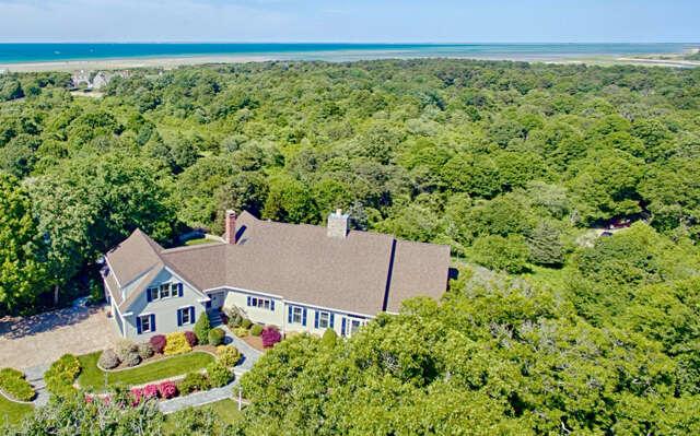 Single Family for Sale at 9 Osborn Snow Drive East Dennis, Massachusetts 02641 United States