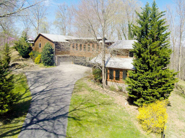 Single Family for Sale at 1303 Fawn Rd Seymour, Tennessee 37865 United States