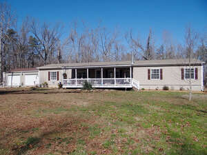 Featured Property in Monterey, TN 38574