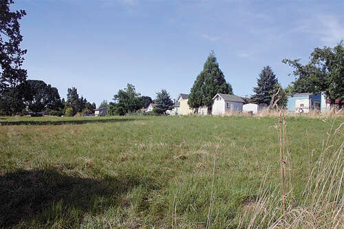 Home Listing at - Academy (off of) TA# R15787, MT ANGEL, OR