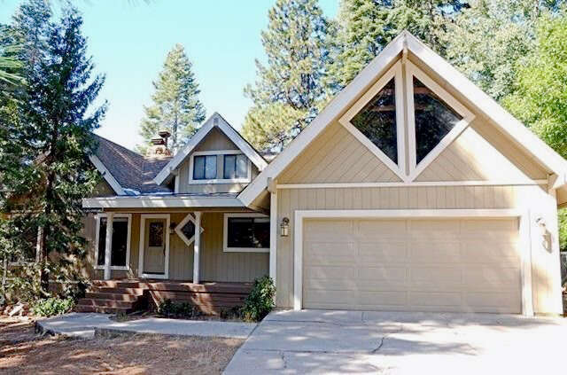 Single Family for Sale at 1215 Driftwood Cove Road Lake Almanor, California 96137 United States