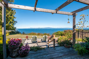 Featured Property in Parksville, BC V9P 1Z8