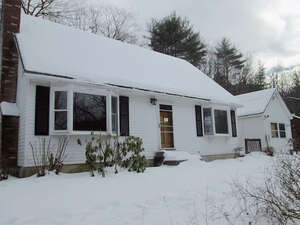 Featured Property in Pittsfield, NH 03263