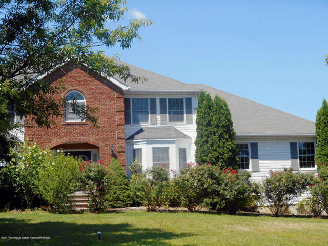 Single Family for Sale at 23 Tanglewood Place Monroe, New Jersey 08831 United States